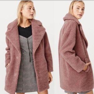 A&F- Long Pink Teddy Coat
